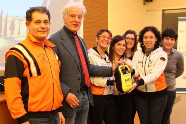 banca-annia-italia-defibrillatori-impianti-sportivi-donazioni-tecnoheart-plus-defibrillatore
